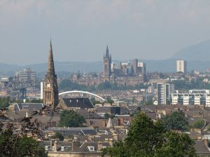 800px-view_of_glasgow_from_queens_park
